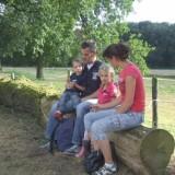 wandelaars rusten uit foto vvv midden-limburg