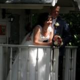 bruidsreportage bij petra slaapwagen pipowagen deluxe buitengoed de gaard