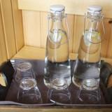 voldoende water drinken tussen de saunagangen door weide wereld wellness bij buitengoed de gaard