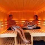 weide wereld wellness in pipowagen sauna bij buitengoed de gaard fotografie belinda keulen
