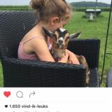 georgina verbaan en dochter lief missen de geitjes van buitengoed de gaard na hun verblijf in de mammaloewagen